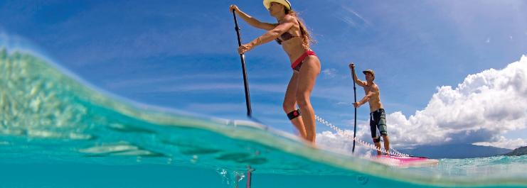 Le stand up paddle : un des sports d'eau les plus branchés